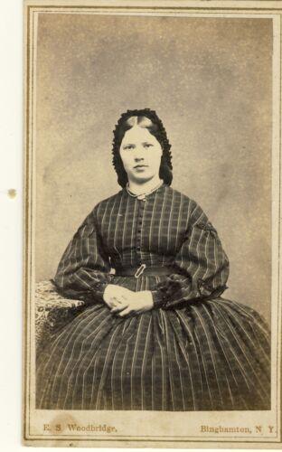 LADY IN DRESS CIVIL WAR TAX STAMP CDV PHOTO by E S WOODBRIDGE BINGHAMTON NY 19