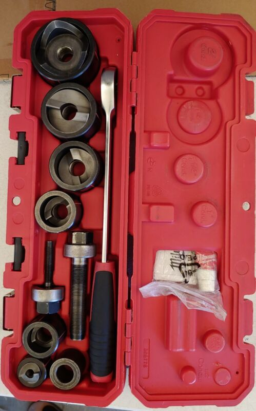 Milwaukee 49-16-2694 Exact 1/2in. to 2in. Hand Ratchet Knockout Set