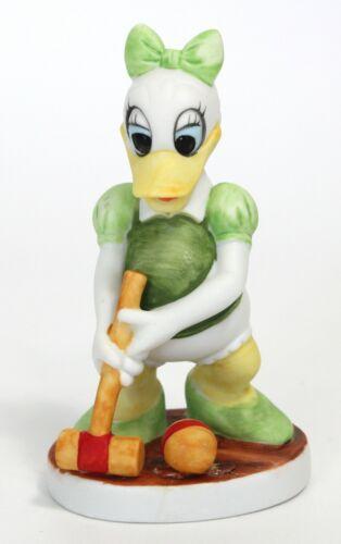 Daisy Duck Croquet Walt Disney Prod WDP bisque ceramic figurine 4 in. 1970