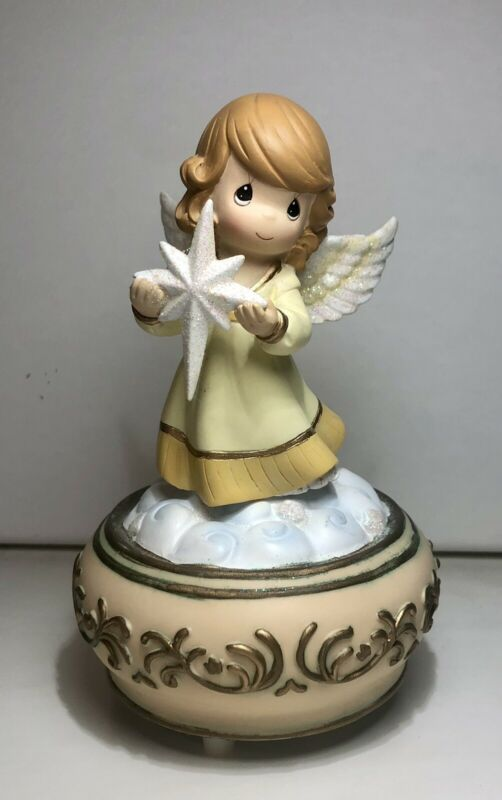 Precious Moments Angel Girl Holding Northern Star Music Box Joy To The World