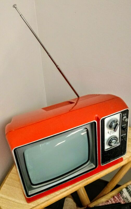 ZENITH 1970s VINTAGE RETRO🚀ATOMIC*RARE HOTChili🌋Org/Red Portable Television