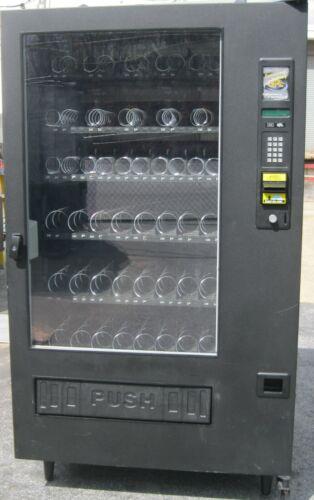 Combination Canned Soda/Snack Vending Machine - GPL 6500 Fusion