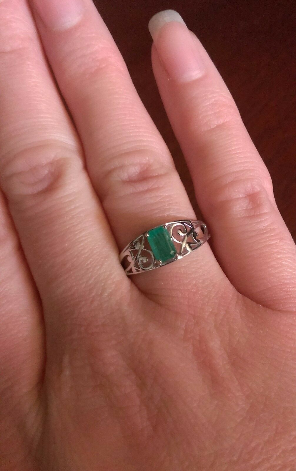 STERLING SILVER SWIRL DESIGN RECTANGULAR STONE NATURAL EMERALD RING ...