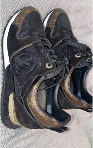 Authentic Louis Vuitton Runaway sneaker
