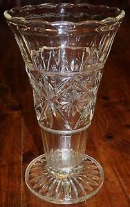 Pressed Depression Glass Vase Vintage Med Size South Windsor Hawkesbury Area Preview