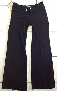 Black pants. East Cannington Canning Area Preview