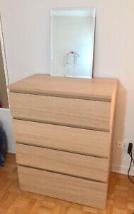 Oak 4-Drawer Dresser