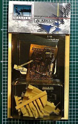 AIRES HOBBY MODELS 4027 HEINKEL He-111H4/H-6 COCKPIT SET 1/48 RESIN KIT
