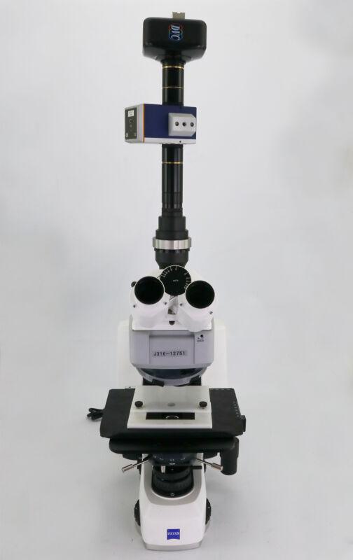 12751 Carl Zeiss Microscope Axio Scope.a1 W/ Hal100 Illuminator 430035-9120-000