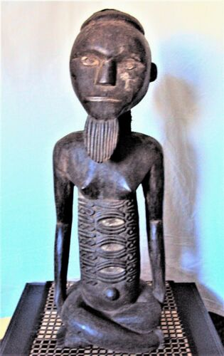"""RARE 25"""" TEKE NOBILITY Statue African Carving!!"""