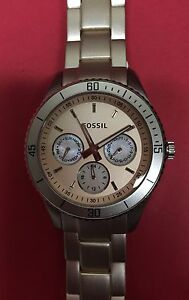 FOSSIL Women's Watch - Very Light Pink Colour