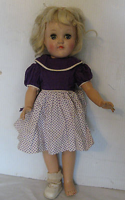 pretty VINTAGE IDEAL P-90 PLATINUM BLONDE TONI DOLL - 14 IN.