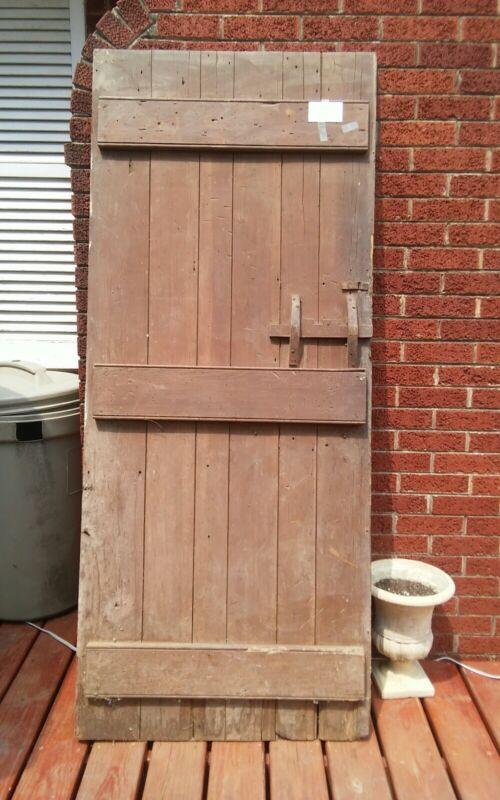 Antique Board & Batten Wood Latch Barn Shed Door 71x30 Metal Hinge