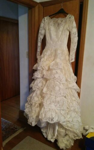 d2457e9455 005 Vintage Alfred Angelo Le Boeuf Process Wedding Dress In Original Box  1950 apos s