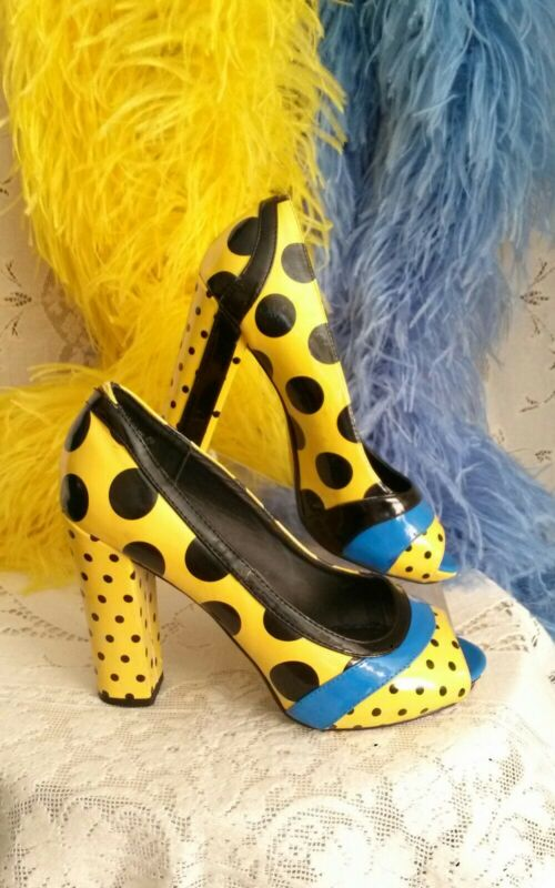 SHOES! YELLOW Patent BLACK DOTS 😉7.5 HEELS WOMEN