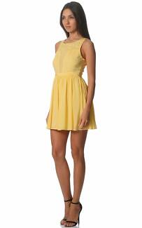 Brand New Canary Voile Applique Dress - Size 8
