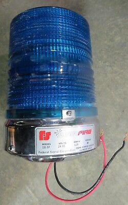 Federal Signal Model 131st Star Fire Strobe Light Blue 24 Dc