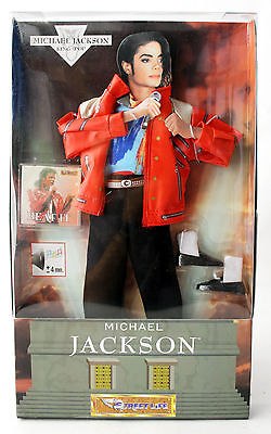 RARE 1997 MICHAEL JACKSON OUTFIT & BEAT IT FOR SINGING DOLL STREET LIFE NEW MIB ()