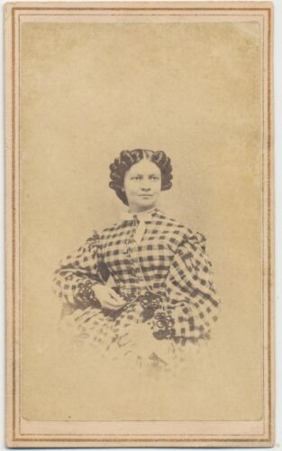 1866 CDV PHOTO FASHION LADY HAIRSTYLE CIVIL WAR TAX REVENUE STAMP LOWVILLE NY 61