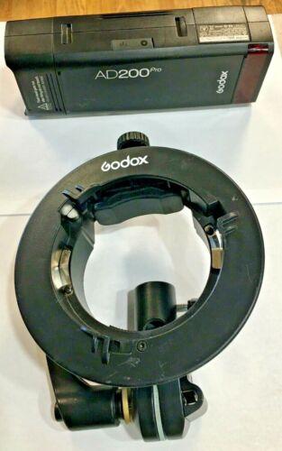 Godox AD200PRO TTL 2.4G HSS Pocket Flash