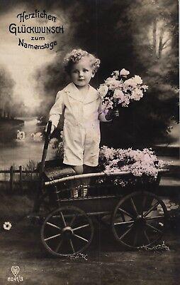 Namenstag, Kind mit Blumen, Foto-AK, um 1910/20