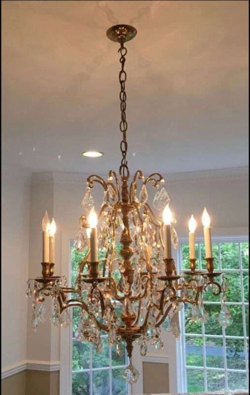 Vintage French Colonial Solid Brass Crystal Chandelier Williamsburg Style 8 lite