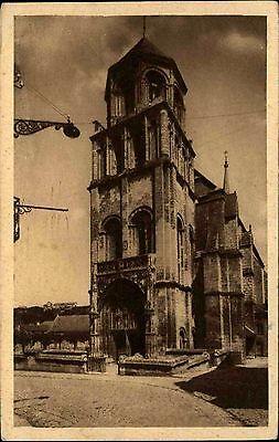 Poitiers Vienne France CPA ~1930 Eglise Sainte Radegonde Partie an der Kirche