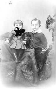 ANTIQUE-8-X-5-GLASS-PHOTO-NEGATIVE-1860-1890-TWO-YOUNG-BROTHERS