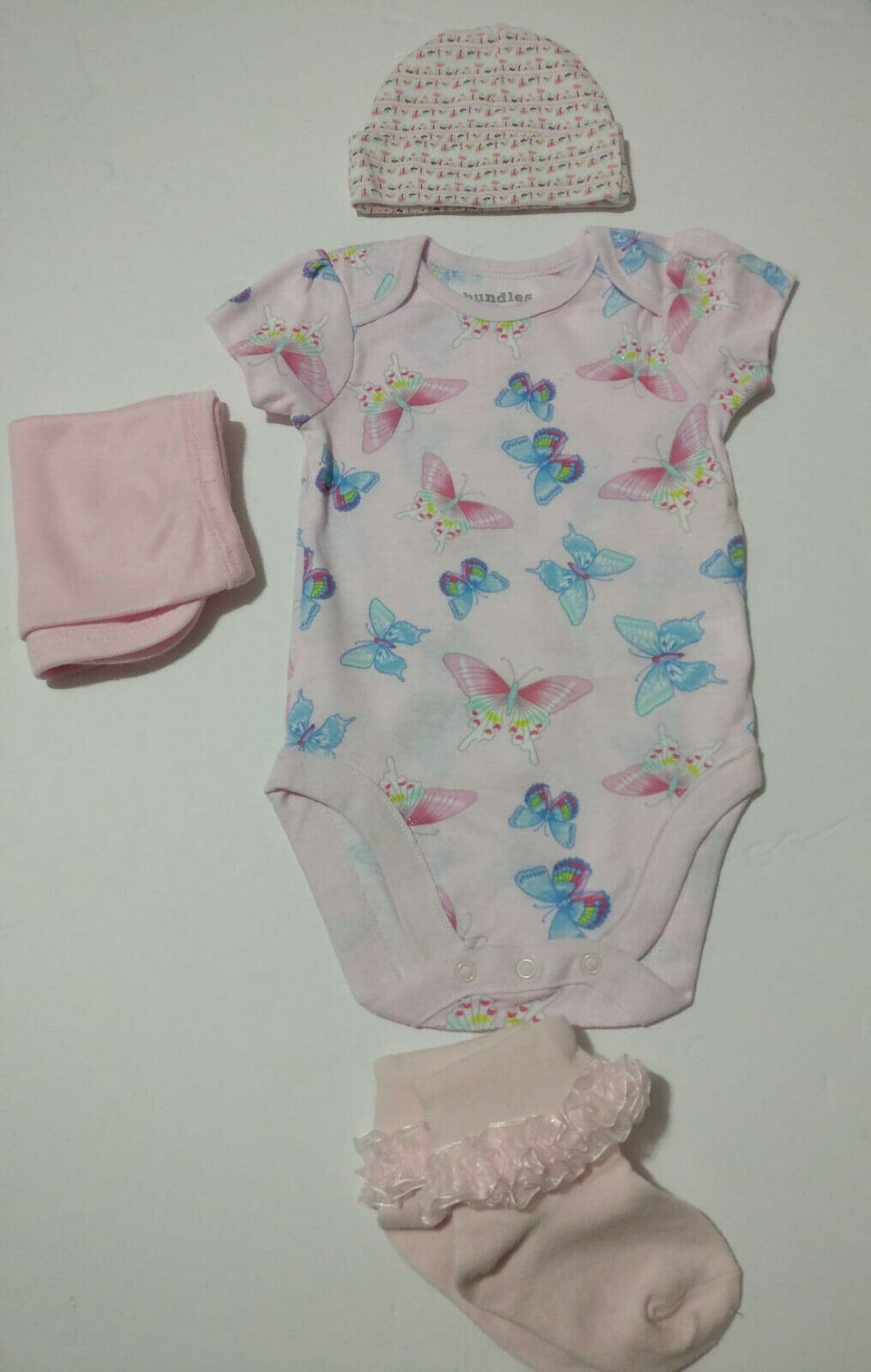 US baby girl clothing 4 piece item lot 3-6 months bodysuit b