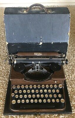 Vintage Royal Model P Portable Manual Typewriter Wood Grain with Hard Case