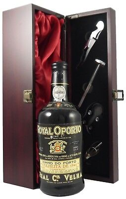 1944 Real Companhia Velha Royal Oporto Colheita Port + gift box with...