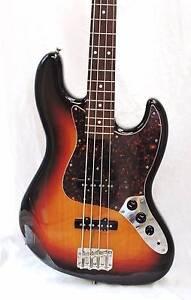 Fender 62' Re-issue Jazz Bass Japan Three Tone Sunburst Burwood Whitehorse Area Preview