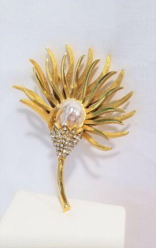 Vintage Hattie Carnegie flower brooch Rhinestone baroque pearl signed