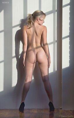 Fine Art Nude Model, hand-signed photo by Craig Morey: Liz Ashley 3828