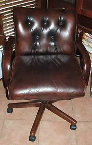 Older style leather office chair Wattle Grove Liverpool Area Preview