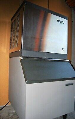 Scotsman Cme256-as Ice Maker Machine W Storage. Excellent Condition. 115v