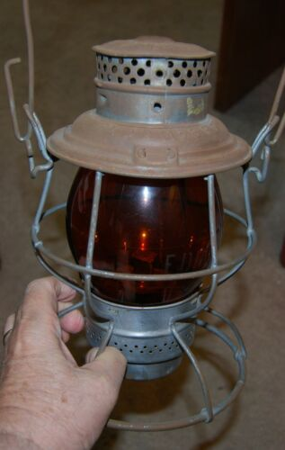 Very RARE, FtDDM&S, Fort Dodge Des Moines & Southern Lantern w/ etched globe