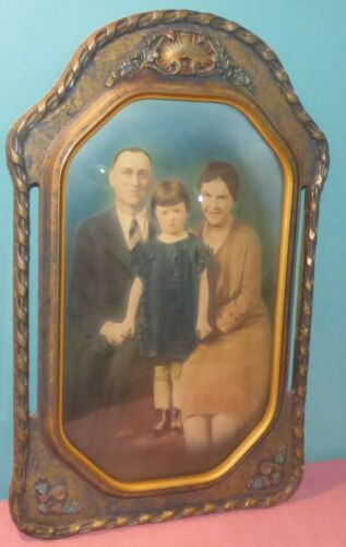 Vintage Ornate Bubble Glass Picture Frame with Family Portrait Photo