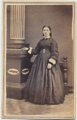 1860s CDV PHOTO FULL STANDING FASHION HOOP DRESS LADY CIVIL WAR REVENUE STAMP 65