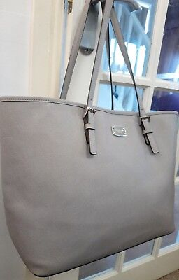 GORGEOUS MICHAEL KORS LARGE GREY LEATHER TOTE BAG VERY GOOD CONDITION.,,, 🌼