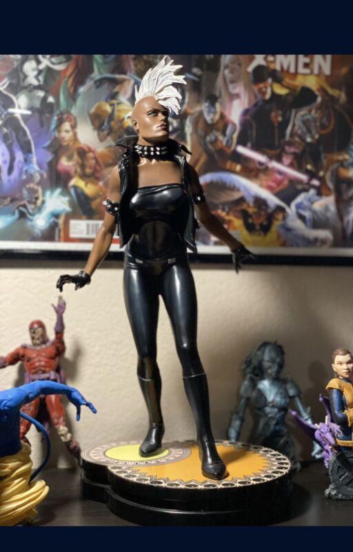 SIDESHOW STORM COMIQUETTE EXCLUSIVE STATUE X-MEN Women Of Marvel Comic