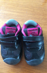Size 4 toddler Reebok sneakers