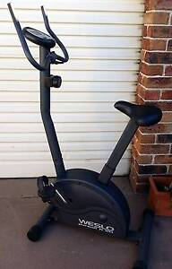 exercise bike w/ adjustable magnetic resistance & elec monitoring Belmont Lake Macquarie Area Preview