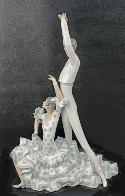 "Lladro # 4519 FLAMENCO DANCERS 19 3/4"""