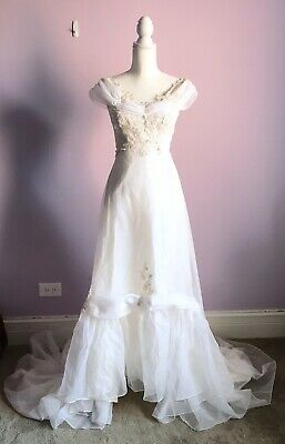 Vintage Size 0 Handmade Lace Crochet Applique Off The Shoulder Wedding Dress