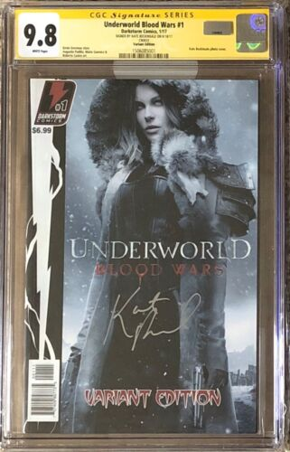 Underworld Blood Wars #1 variant__CGC 9.8 SS__Signed by Kate Beckinsale