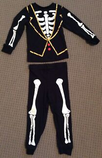Boys HALLOWEEN Top Pants Outfit Size 3 (2 piece)