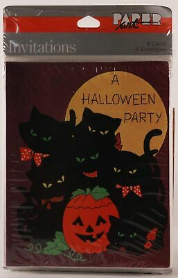 New/Old Stock!!!  Halloween Party Invitations by Paper Art. 8 Cards and Envelope