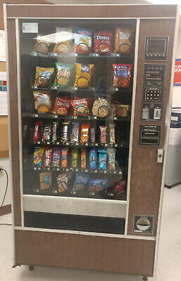 Rowe 4900 Snack Vending Machine