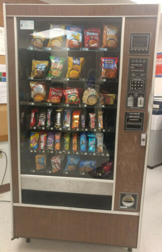 Rowe 4900 Snack Vending Machine